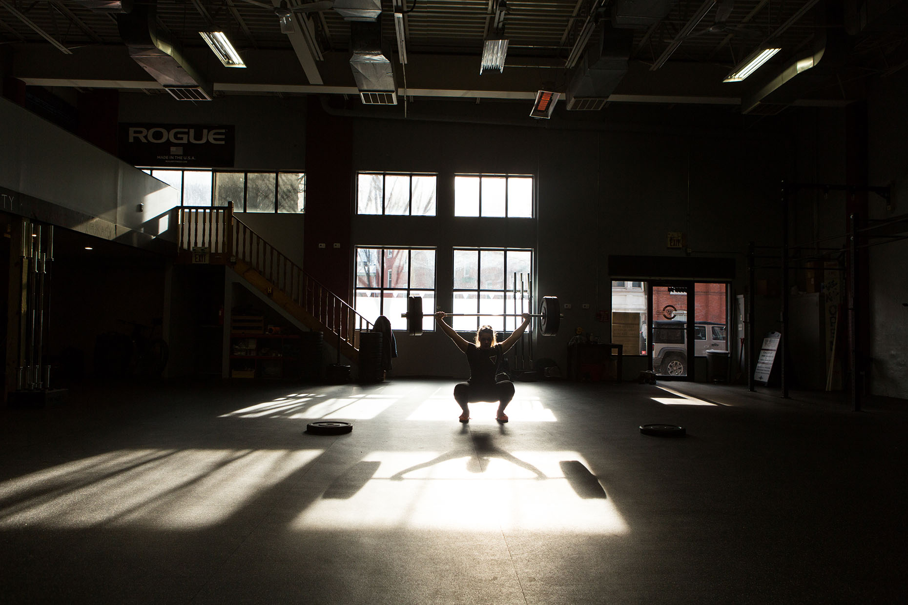 Philadelphia-Photographer-Crossfit-Fitness-Portrait-Overhead-Squat